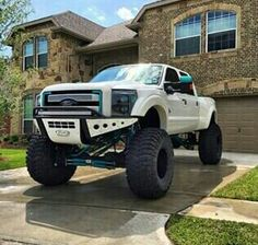 Ford Troller Exclusive Radical and Visual Performance Lifted Ford Trucks, Jeep Truck, Custom Trucks, Cool Trucks, Chevy Trucks, Pickup Trucks, Lifted Chevy, Lifted Jeeps, Dually Trucks