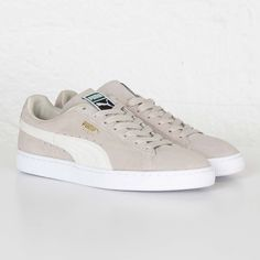 Women S Shoes Volatile Puma Tennis, Puma Classic, Streetwear Online, Sneaker Stores, Baskets, Fresh Shoes, Puma Sneakers, Cute Shoes, Adidas Men