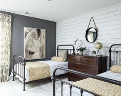 Huge round up of vintage metal beds.  Options for every budget!