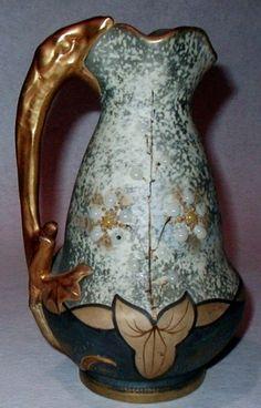 Starožitné Art Nouveau Amfora Džbán Váza plaz Lizard Handle drahokamy květiny