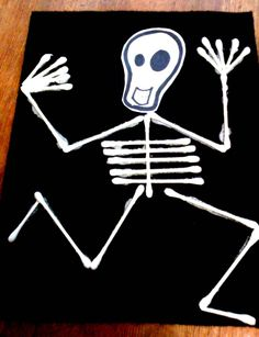 alive and mortal: KIDS CRAFT - SKELETON FLAG for your OFRENDA