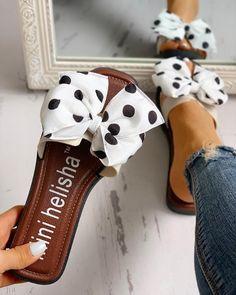 Block Heel Slip-On Bow Flip Flop Casual Rubber Slippers Cute Sandals, Open Toe Sandals, Cute Shoes, Shoes Sandals, Flats, Heeled Flip Flops, Bow Flip Flops, Cute Flip Flops, Bühnen Design