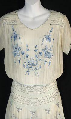 Gorgeous 1920s Vintage Dress