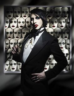 Marilyn Manson....the most delightfully creepy individual EVER.