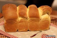 Pane al latte giapponese.