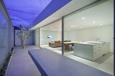 Horizon Roof House by Shinishi Ogawa & Associates