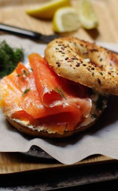 Bagel au saumon fumé Sandwiches, Alsatian, Croissants, Buns, Sushi, Organize, Bakery, Rolls, Food And Drink