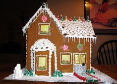 How To Make A Gingerbread House | Glenwood Garden