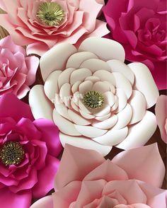 Can we start the weekend over again?? ✂️✂️#paperflowers #paperflorist #paper #paperflowerbackdrop #etsy #etsyshop #floresdepapel #floresdepapelgigantes #homedecor #wallart #nursery #nurserydecor #nurseryideas