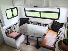 Popup Camper, Diy Camper, Camper Renovation, Camper Remodeling, Rv Homes, Tiny Homes, Tiny Mobile House, Van Living, Camper Makeover