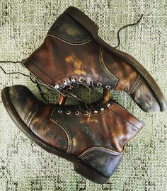 Red Wing Shoes Owners Club — industrialblues: Scuffed 'n buffed! It's time. Red Wing Boots, Brown Boots, Rugged Style, Style Men, Best Shoes For Men, Men S Shoes, Leather Men, Leather Boots, Red Wing Iron Ranger