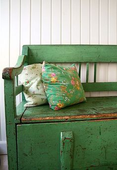 green bench, adding a punch of colour. Thinking Annie Sloan Antibes Green and dark wax and distressed. Back porch! Painted Furniture, Diy Furniture, Painted Desks, Distressed Furniture, Furniture Projects, Antibes Green, Bohemian Living, Home And Deco, Furniture Inspiration