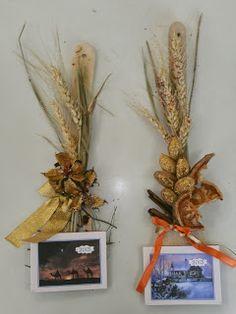 Νηπιαγωγός από τα πέντε...: ΗΜΕΡΟΛΟΓΙΑ ΓΙΑ ΜΙΑ ΤΕΛΕΙΑ ΧΡΟΝΙΑ!!!-ΙΔΕΕΣ ΑΠΟ ΤΟ ΔΙΑΔΙΚΤΥΟ... Christmas Time, Xmas, Grapevine Wreath, Grape Vines, Calendar Ideas, Wreaths, Spoon, Blog, Crafts