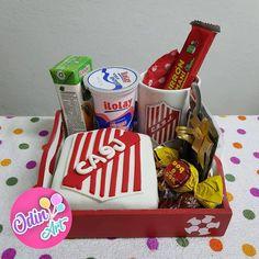Mini Tortillas, Picnic, Basket, Ideas, Breakfast Basket, Boy's Day, Baskets, Sweet, Food Cakes
