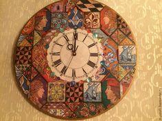 Часы настенные(на заказ) – купить или заказать в интернет-магазине на Ярмарке Мастеров | Крупные часы выполнены в технике…