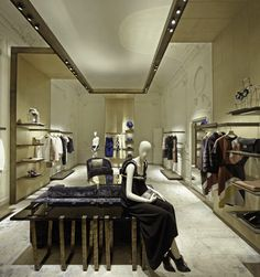 FENDI Montenapoleone, Milan | WORKS - CURIOSITY - キュリオシティ -