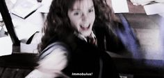 Hermione Gif, Hermione Granger, Harry Potter Gif, James Potter, Crying Gif, Fighting Gif, Fantasy Beasts, Fantastic Beasts And Where, English Actresses