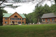 Maine Lakeside Cabins, ME. Lodging, and Wedding destination    Keywords: #mainedestinationweddingvenues #jevelweddingplanning Follow Us: www.jevelweddingplanning.com  www.facebook.com/jevelweddingplanning/