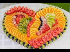 Cup of fruits on the party table . - Food - Food Carving Ideas - Cup of fruits on the party table … – Food – Food Carving Ideas Obstschneiden auf dem festlichen Tisch … – Food – Cup of fruit on the party table … Fruit Buffet, Fruit Dishes, Fruit Trays, Fruit Decorations, Food Decoration, Fruit Plate, Fruit Art, Fruit Platter Designs, Platter Ideas