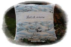 """Weihnachtsdeko - Kissen Weihnachten """"Let it snow"""" - Shabby - ein Designerstück von antjesdesign bei DaWanda"""