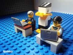 Día de Linux   Geekoteca Labs   Lego