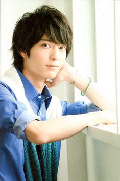梅原裕一郎 Best Pictures Ever, Cool Pictures, Shizuoka, Voice Actor, Cute Faces, Asian Boys, The Voice, Anime, Japanese