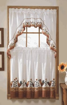 Roosters is a complete set window set.   #Complete #Kitchen #Curtain #Set