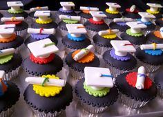 Graduation Cupcakes ~! Cupcakes De Graduacion ~!