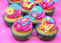 Funky Paisley Cupcakes by ~Très Chic Cupcakes by ShamsD~, via Flickr