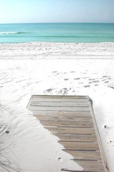 Dream of a beach house & private beach—(Source: beautiful-life-for-dreaming, via shellsonthebeach)