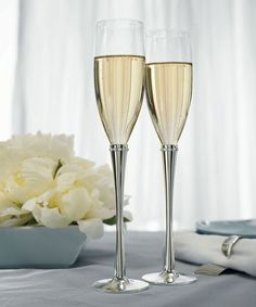 Wedding Champagne Flutes - Ring of Crystals Flutes...Beautiful.  www.ceceliasbestwishes.com
