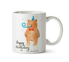 Tasse Birthday Bär aus Keramik  Weiß - Das Original von Mr. & Mrs. Panda.  Eine wunderschöne spülmaschinenfeste Keramiktasse (bis zu 2000 Waschgänge!!!) aus dem Hause Mr. & Mrs. Panda, liebevoll verziert mit handentworfenen Sprüchen, Motiven und Zeichnungen. Unsere Tassen sind immer ein besonders liebevolles und einzigartiges Geschenk. Jede Tasse wird von Mrs. Panda entworfen und in liebevoller Arbeit in unserer Manufaktur in Norddeutschland gefertigt.     Über unser Motiv Birthday Bär…