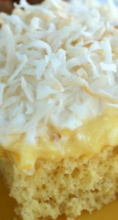 "Six Sisters Hawaiian Pineapple Pudding Cake Recipe. A super moist and delicious cake. This makes a ton of cake for a huge party or cookout! "" Yes in near future"" Sugar Free Desserts, Sugar Free Recipes, Köstliche Desserts, My Recipes, Cake Recipes, Dessert Recipes, Cooking Recipes, Favorite Recipes, Recipies"