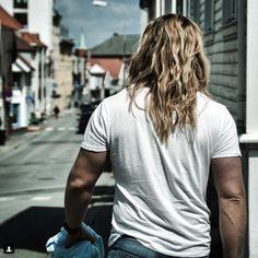 Streetwear Brands, Streetwear Fashion, Street Outfit, Street Wear, Norwegian Men, Raining Men, Bearded Men, Cute Guys, Beautiful Men