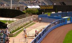 Bronx - NY                                                       Yankee Stadium                                              Monument Park