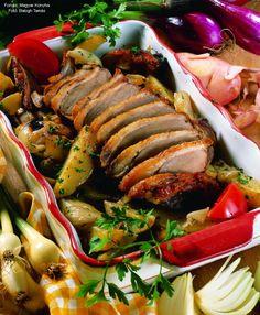 Libamell velesült burgonyával – Receptletöltés Ratatouille, Ethnic Recipes, Food, Essen, Meals, Yemek, Eten