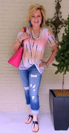 50 IS NOT OLD   HOW TO WEAR THE TWIST HEM   Distressed Jeans   Frayed Hem   Tie-dye   Fashion over 40 for the everyday woman