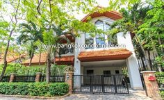 Terrific House Rent In Chaeng Wattana Get information of this building & available apartments or condos for rent, go to:   http://bangkokcondofinder.com/bangkok-condos-for-rent/   Here's a terrific house rent in Chaeng Wattana with balcony, carport, gated yard, and security.  This roomy, 2-storey family home with four bedrooms and four bathrooms comes unfurnished and it would be a pleasure to decorate it as your own when you avail of it on freehold at 110,000 Ba...