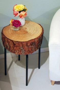 25 Handmade Wood Furniture Design Ideas, Modern Salvaged Wood Chairs, Stools and Benches--- super cute rustic side/nightstand! Handmade Wood Furniture, Log Furniture, Handmade Home Decor, Furniture Design, Western Furniture, Victorian Furniture, Primitive Furniture, Street Furniture, Distressed Furniture