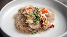 I just discovered this amazing recipe Crab with Cellophane Noodles on Panna by Chef Charles Phan! Just Cooking, Cooking Tips, Cooking Recipes, Nytimes Recipes, Cellophane Noodles, Asian Recipes, Ethnic Recipes, Asian Foods, Noodle Recipes