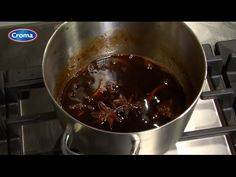 De lekkerste Jus voor bij de Rollade maak je met Croma - YouTube Chocolate Fondue, Youtube, Desserts, Food, Juice, Meal, Deserts, Essen, Hoods