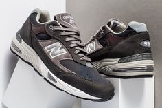 size 40 15c0b e788f New Balance 991   Made In England Grey Navi   Mens Trainers  M991GNN