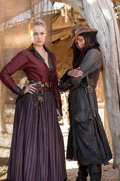 Black Sails Press Kit Photos: Hannah New (Eleanor Guthrie) Clara Paget (Anne Bonny) © 2014 Starz Entertainment, LLC