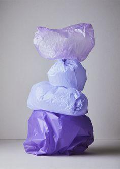 Concept and art direction Ana Domínguez and Omar Sosa. Image © Nacho Alegre for Apartamento Magazine issue 19 Still Life Photography, Color Photography, Colourful Photography, Instalation Art, Balance Art, Art Sculpture, Purple Aesthetic, Jackson Pollock, Art Club