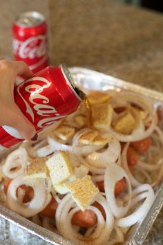 Coca-Cola Fall Football Sam's Club   How to Throw a Tailgate Party   Coca-Cola Bratwurst Recipe  PartiesforPennies.com   #tailgate #floridagators #universityofflorida #shareyourspirit