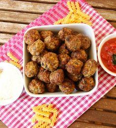 Italian meatballs with tomato sauce/ myfoodpassion.net