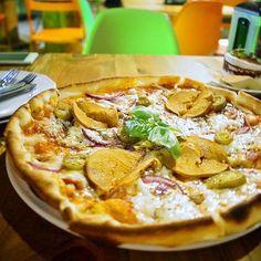 Złe mięso! Pizza devil  love wrocław  #vegan #whatveganseat #zlemieso #pizza…