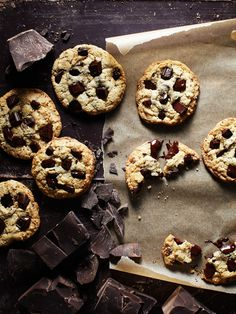 || SUGARY SWEET FRIDAY ||  Can someone please bring us a glass of milk with these delicious chocolate chip cookies?