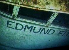 Take a submarine down to see the wreck of the Edmund Fitzgerald. Edmund Fitzgerald, Uss Maddox, Underwater Ruins, Great Lakes Ships, The Fitz, Abandoned Ships, Ghost Ship, Canadian History, Davy Jones