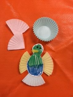 Free download - humming bird pattern and how to... My kids loved these and we used them as part of our pollination/plant unit.
